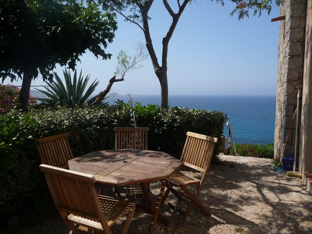 Table et chaise de jardin for Boutique dans un jardin en ligne